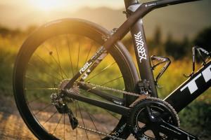 customised TREK Madone bike for Fumy Beppu (JAP/Trek-Segafredo) june 2017