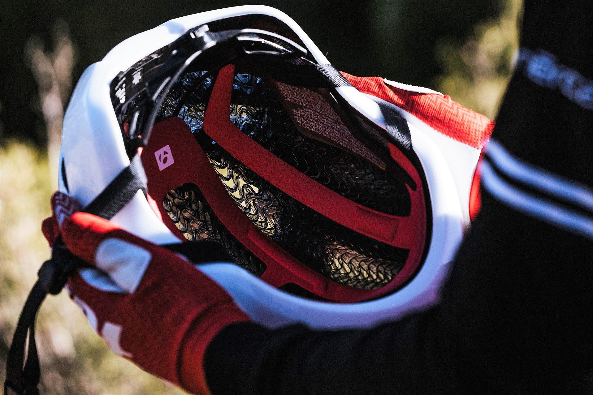 スポーツ自転車ショップ  「ブレンダ」の公式ブログです。  入荷情報やスポーツ自転車のイベント、  日常の出来事等を更新しています。